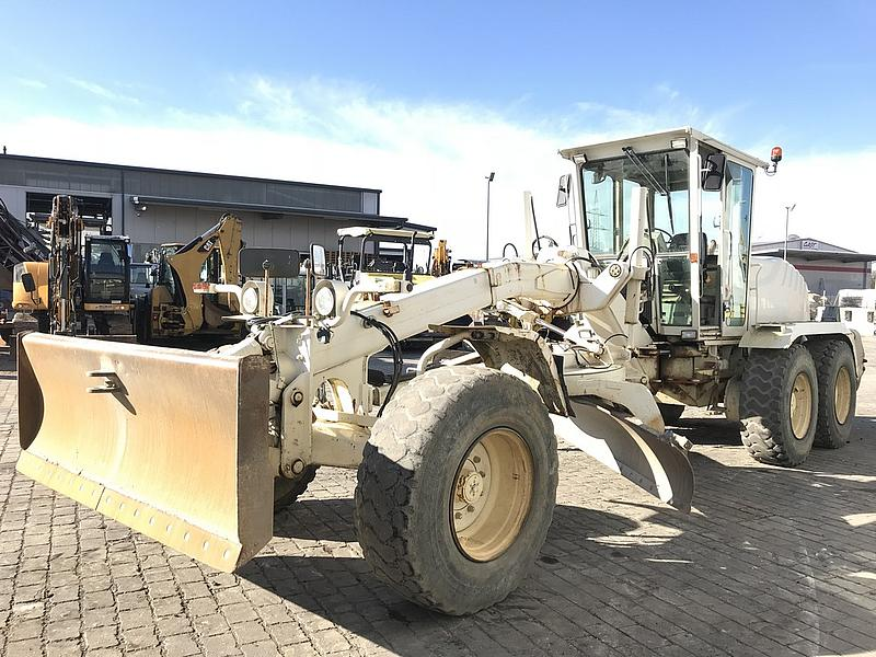 Grader New Holland F 156.6
